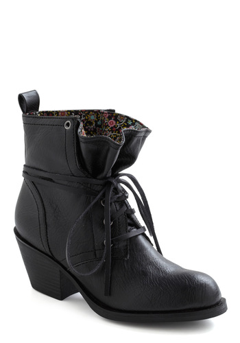 Loop the Cute Boot in Black by Rocket Dog - Black, Solid, Safari, Lace Up, Chunky heel, Mid, Faux Leather, Casual, 90s, Tis the Season Sale, Variation