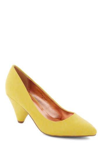 Lemonade My Day Heel - Yellow, Solid, Mid