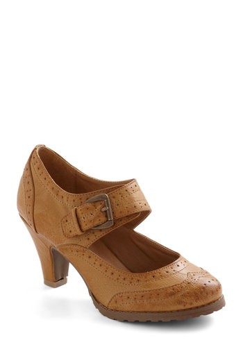 Wingtip Top Heel - Tan, Solid, Buckles, Mid, Menswear Inspired, Work, Casual, Vintage Inspired