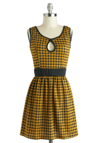 That Dogtooth in the Window Dress - Black, Houndstooth, Cutout, Casual, A-line, Tank top (2 thick straps), Short, Yellow, Fall, Scholastic/Collegiate