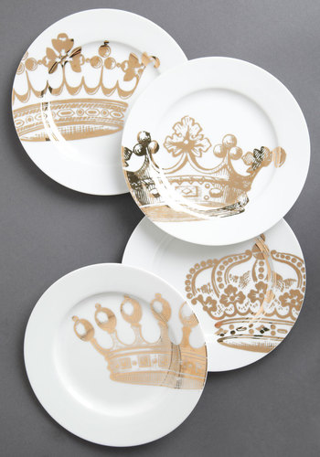 Emily's Fete for a Queen Plate Set - White, Silver, French / Victorian