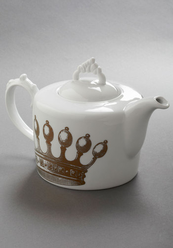 Emily's Fete for a Queen Teapot - White, Gold, French / Victorian