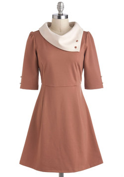 Parisian Port Dress in Chamoisee