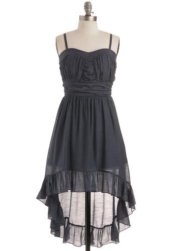 احلى الفساتين بتشكيل ناعمة وغيييييييييييير للانيقات 7a8fa6e81b13e8d42423