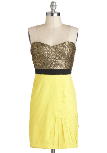Miami Slice Dress - Yellow, Sequins, Party, Strapless, Mid-length, Gold, Shift, Sweetheart, Twofer, Black, Exposed zipper, Tiered, Tis the Season Sale