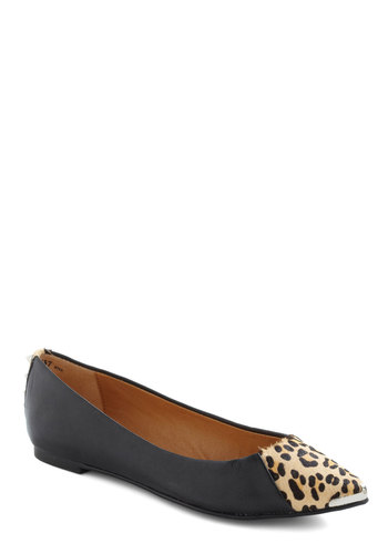 Sight to See Flat - Black, Tan / Cream, Animal Print, Studs, Flat, Leather, Urban