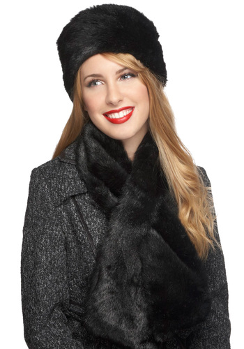 Plush to My Side Hat and Scarf Set - Black, Solid, Luxe, Winter, Vintage Inspired