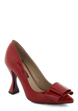 Goblet of Glamour Heel in Red