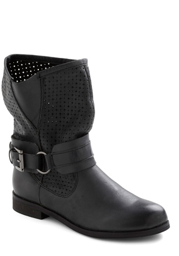Spree the Sights Boot - Solid, Buckles, Low, Leather, Black, 90s, Urban