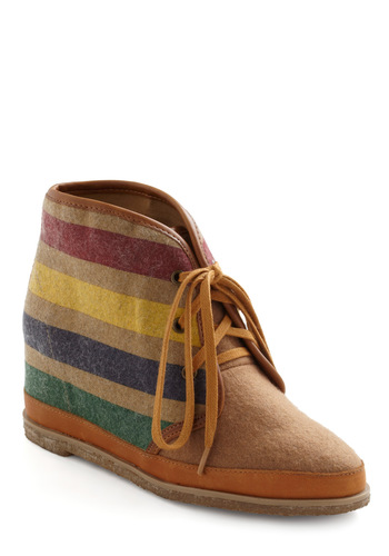 Estes Park Wedge in Stripes