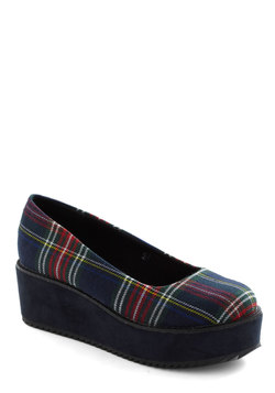 Plaid-form Shoe