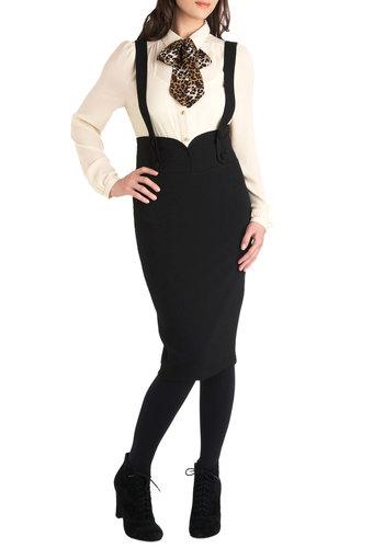 Not a Moment to Waist Skirt in Noir