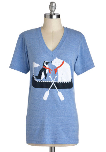 Polar Opposites Attract Tee - Mid-length, Jersey, Blue, Red, Black, White, Casual, Short Sleeves, V Neck, Print with Animals