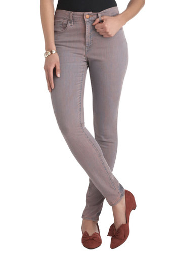 The Runway I See It Jeans in Rose Water by Levi's - Pockets, Casual, Skinny, Denim, Pink
