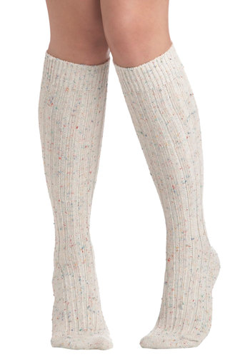 Speck-tacular Vista Socks in Sand - Multi, Winter, Tan