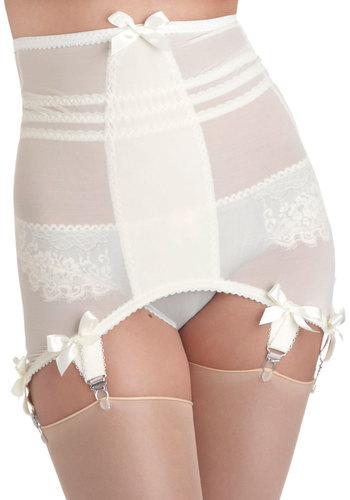 Vogue in Vanilla Garter Skirt