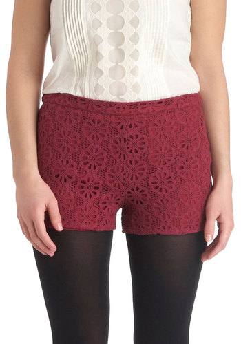 Art Fest Wanderer Shorts - Red, Solid, Lace, Casual