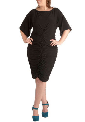 Social Media Butterfly in Plus Size - Black, Solid, Party, Girls Night Out, 3/4 Sleeve, Exposed zipper, Ruching, Shift