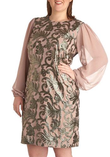 Floating on Heirloom Dress in Plus Size