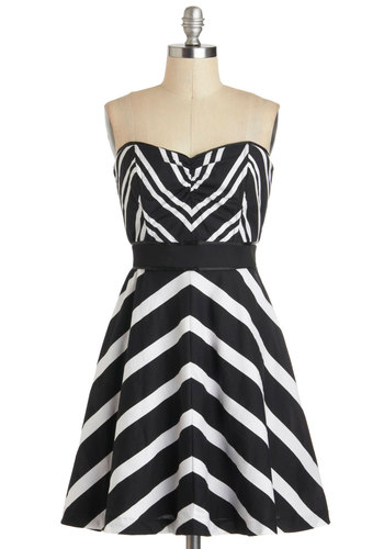 Chevron the Dance Floor Dress - Cotton, Black, White, Stripes, Party, A-line, Strapless, Sweetheart, Chevron