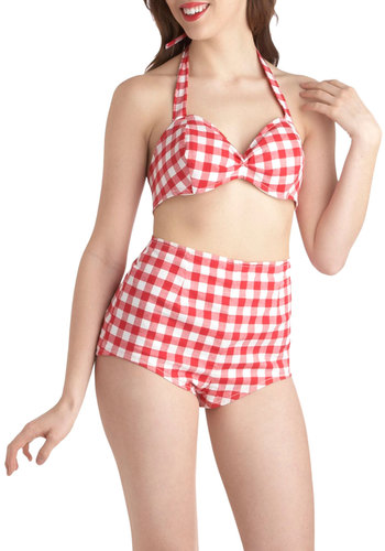 Basking in the Fun Playsuit - Red, White, Checkered / Gingham, Pinup, Vintage Inspired, 50s, High Waist, Halter, Summer, Casual, Rockabilly, Cotton