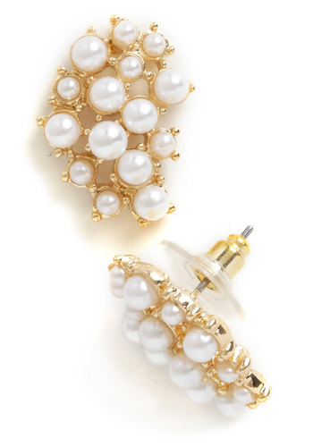 Glamour Pearl Earrings - Cream, Gold, Solid, Pearls, Wedding, Party, Vintage Inspired, Graduation, Bridesmaid, Formal, Gold, Top Rated