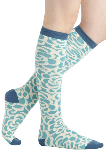 Clouding Around Socks by PACT - Blue, Tan / Cream, Print, Eco-Friendly