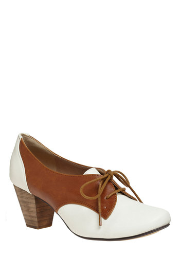 Soft Serve Heel by Chelsea Crew - Tan, White, Casual, Vintage Inspired, 40s, 50s, Rockabilly, Menswear Inspired, Mid, Leather, Faux Leather, Variation