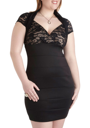 Lace of Hearts Dress in Plus Size - Black, Solid, Lace, Party, Bodycon / Bandage, Cap Sleeves, V Neck, Cocktail, Film Noir, Special Occasion, Girls Night Out, Holiday Party