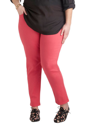 Shopping Assistant Jeans in Scarlet - Plus Size - Cotton, Denim, Red, Solid, Pockets, Casual, Skinny