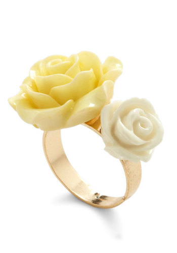 Retro Rosie Ring in Blossoms