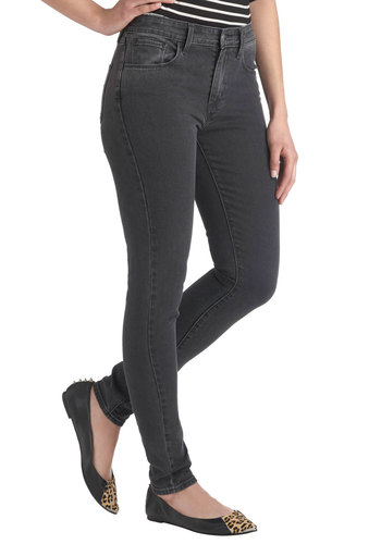 The Runway I See It Jeans in Black by Levi's - Black, Solid, Pockets, Casual, Skinny, Denim, Cotton, Vintage Inspired, Winter