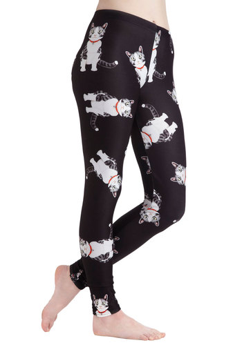 Fresh Take Leggings in Tabby - Black, Print with Animals, Quirky, Skinny, Kawaii, Variation, Travel, Cats, Casual, 90s, Good, Best Seller, Mid-Rise, Ankle, Black, Critters, Fall