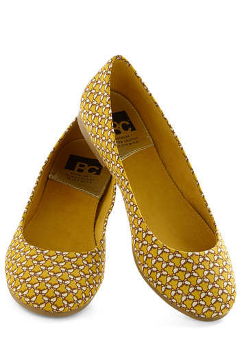 A Night to Remember Flat in Butterflies by BC Shoes - Yellow, White, Flat, Print with Animals, Casual, Variation, Travel