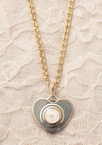 Vintage Big Moment Necklace