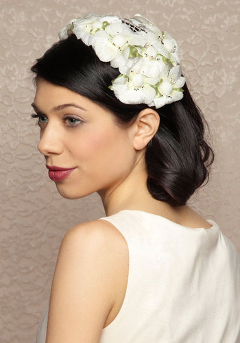 Vintage Oasis of Elegance Fascinator