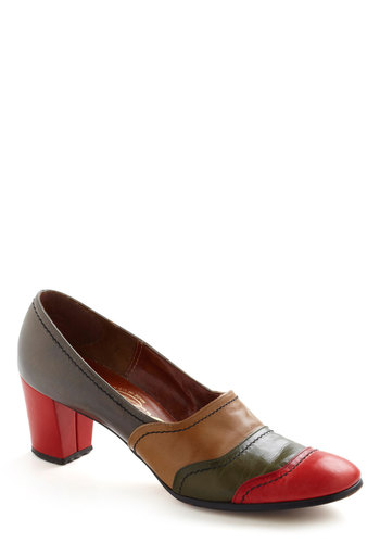 Vintage Signature Colorblock Heel