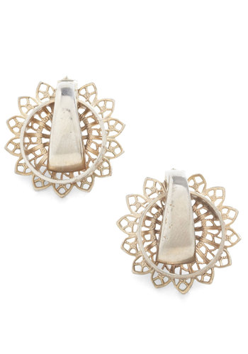 Vintage Elegance at a Glance Earrings
