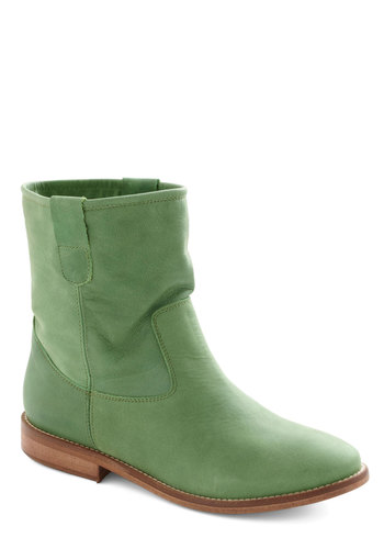 Great Outdoors Boot - Green, Tan / Cream, Solid, Flat, Leather, Casual