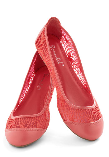 Craft Fair Flare Flat in Pink - Coral, Solid, Crochet, Flat, Casual, Spring, Summer, Variation