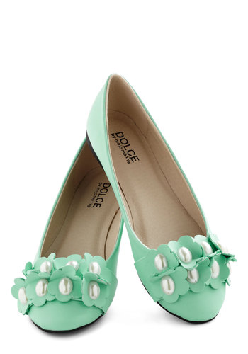 Pearls of Winsome Flat - Solid, Flower, Flat, Mint, Pearls, Daytime Party, Pastel, Graduation