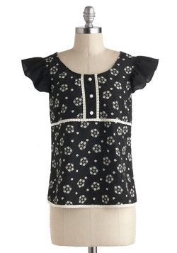 Ring of Florals Top