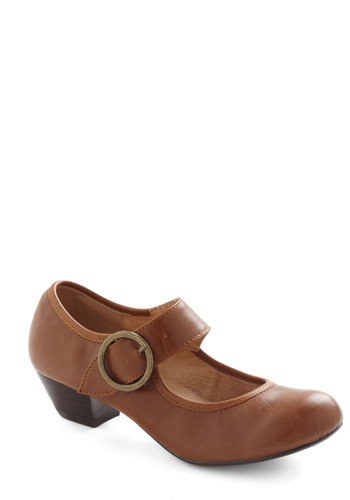 Few Steps Forward Heel in Cognac by Chelsea Crew - Tan, Solid, Vintage Inspired, 20s, 30s, Low, Leather, Work, Winter