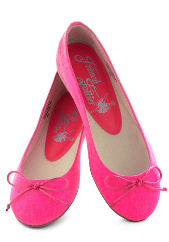 Bright Around the Corner Flat in Hot Pink - Pink, Solid, Bows, Flat, Casual