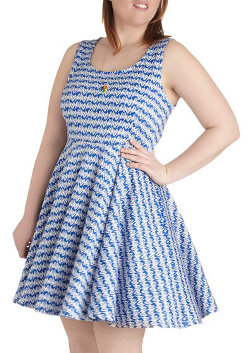Day off the Grid Dress in Thatch - Plus Size