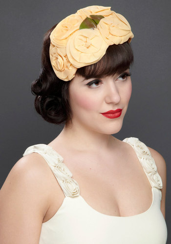 Vintage Honeymoon Bound Fascinator