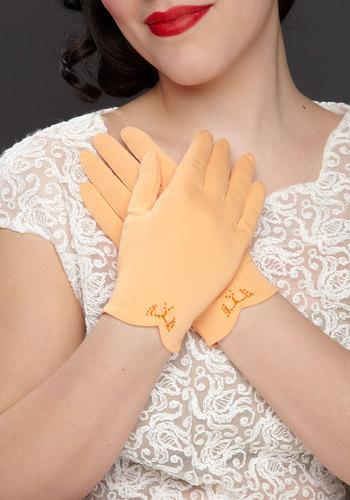 Vintage Apricot the Bouquet Gloves