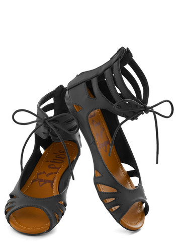 Stand By Your Mangrove Sandal in Black - Tan, Solid, Cutout, Urban, Lace Up, Low, Summer
