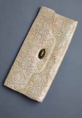 Vintage Shimmer Lovin' Clutch