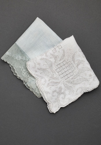 Vintage Best Weep Ever Handkerchief Set